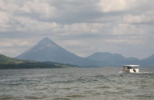 CR Arenal Lake 2