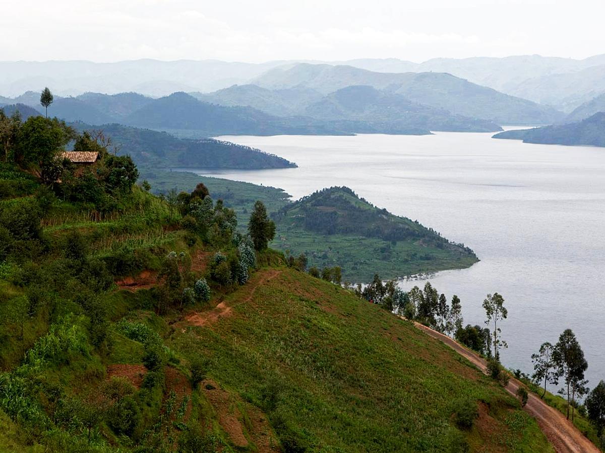 /wp-content/uploads/itineraries/Uganda/rwanda-countryside-1.jpg
