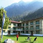 Lukla Lodge - Outside