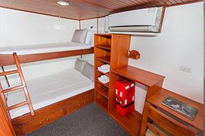 Galapagos Aqua Cabin