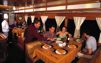 Galapagos San Jose Dining