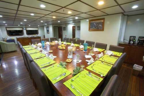 Galapagos Celebrity Xploration Dining