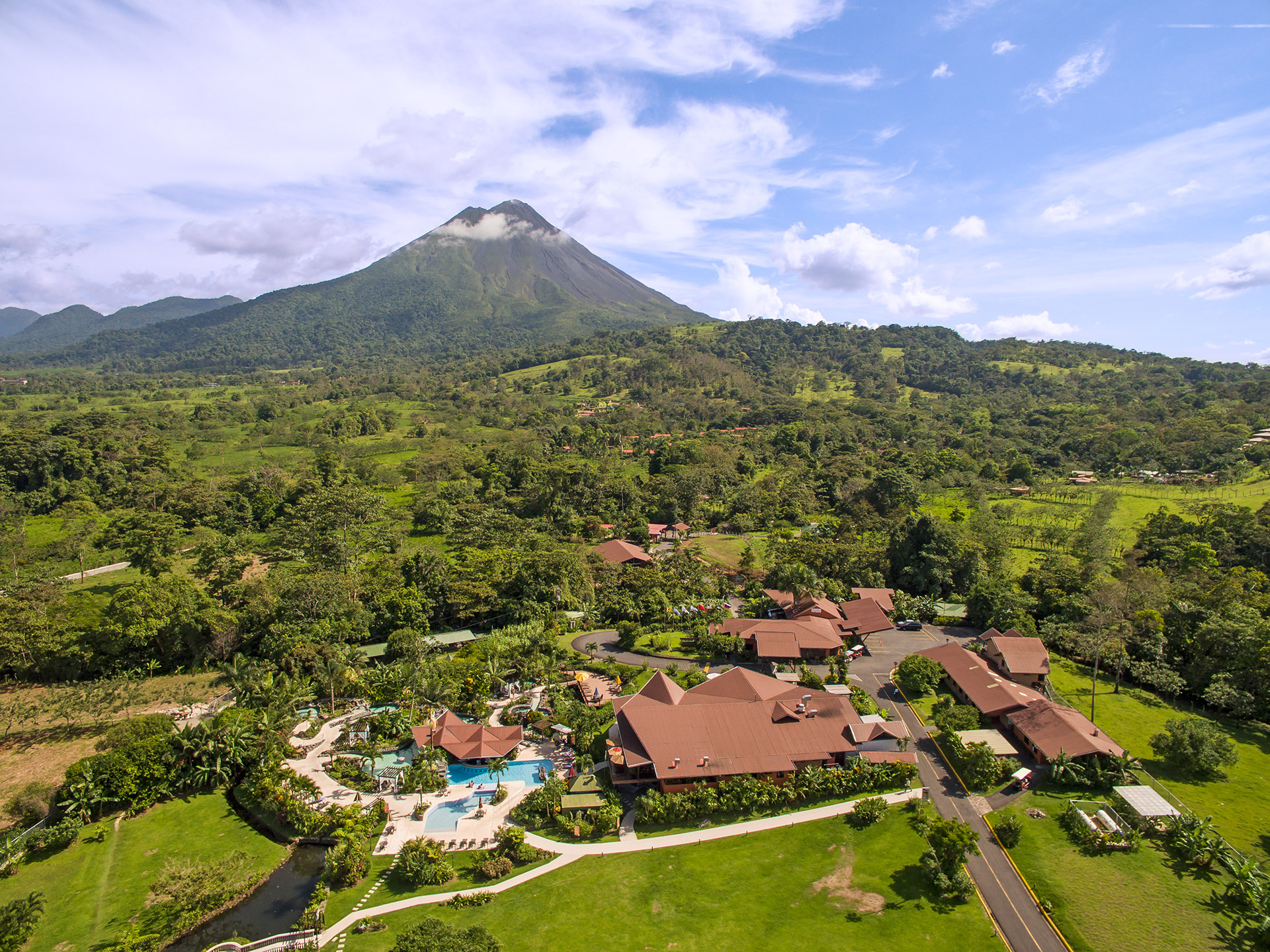 wp-content/uploads/itineraries/Costa-Rica/arenal-springs-outside-2.jpg