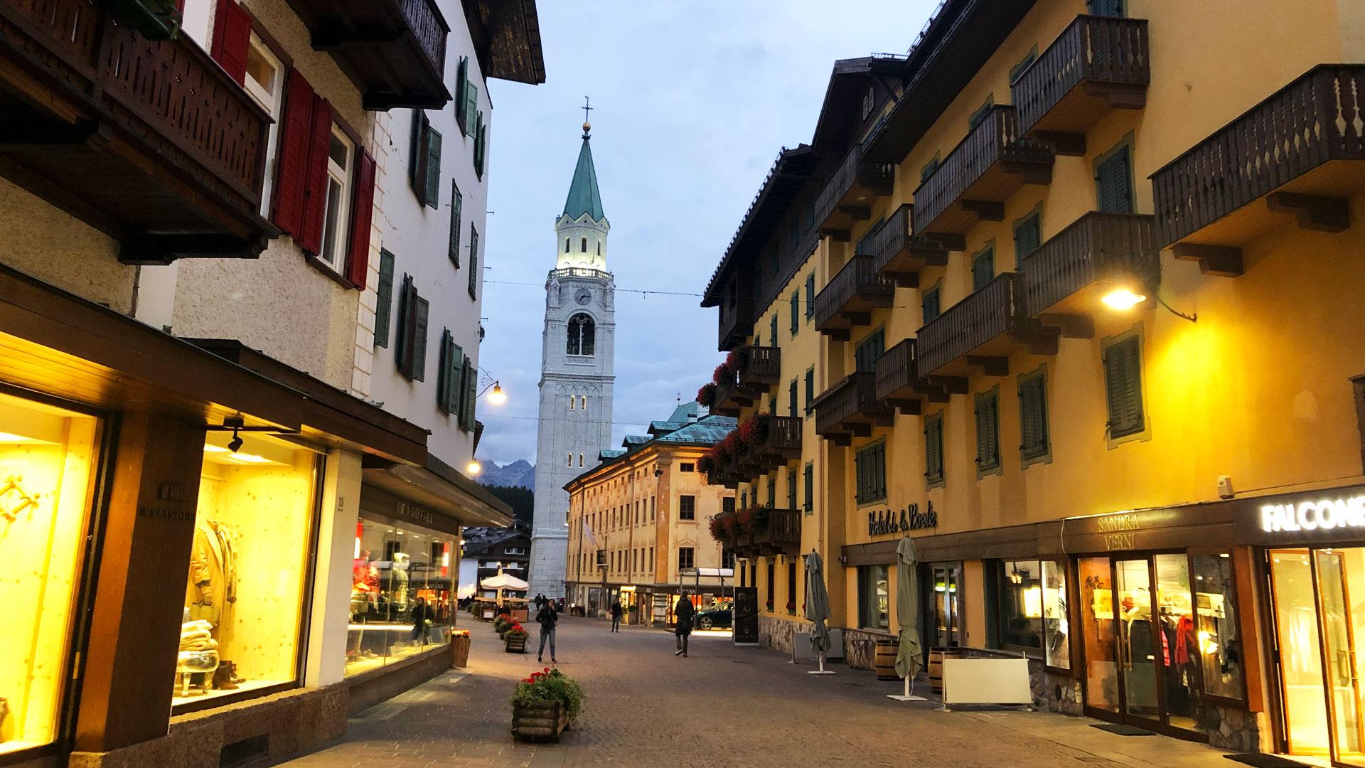 wp-content/uploads/itineraries/Dolomites/dolomites-cortina-2.jpg