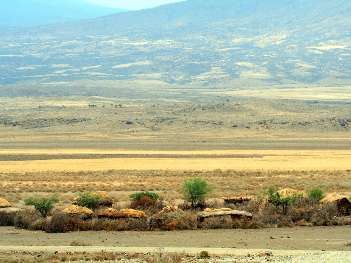 wp-content/uploads/itineraries/Safari/natron_maasai_village092506_4.jpg