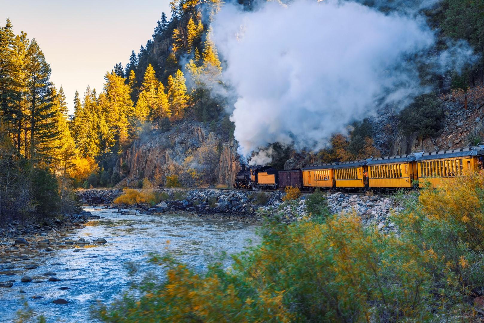 wp-content/uploads/itineraries/USA/CoMtn/durango-train.jpg